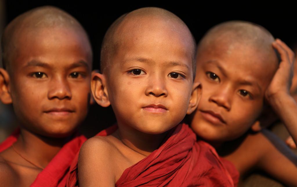myanmar: novice monks - dietmar temps