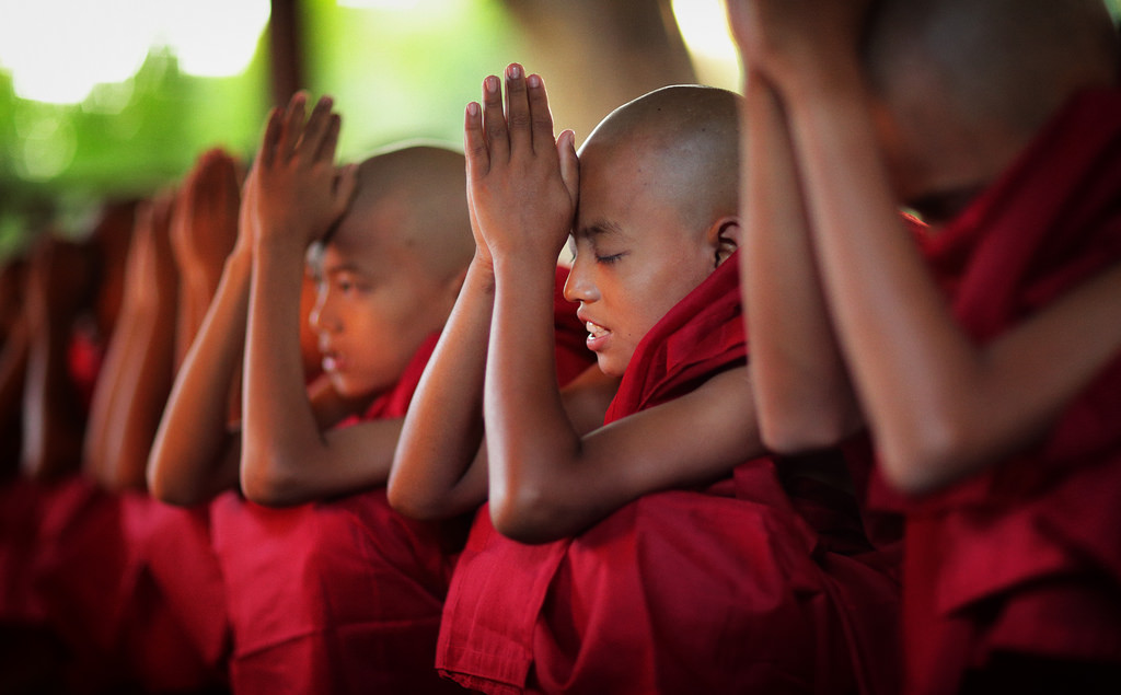 myanmar: monks and novices - dietmar temps